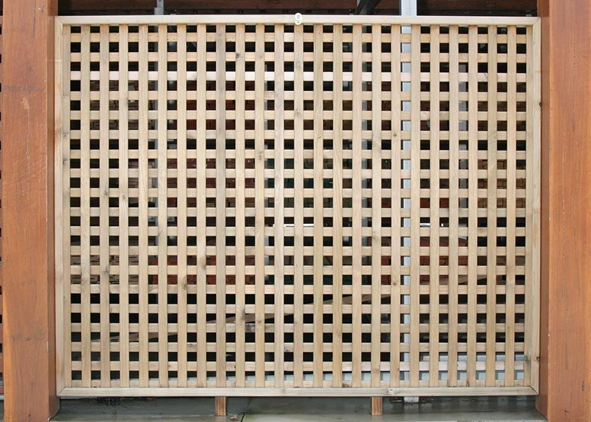 Horizontal Vertical Lattice - TRADEWARE Building Supplies, Brisbane's Best Quality Timber & Hardwood, Pine, Merbau, Kwila, Decking, Flooring, Fencing & Landscaping materials.