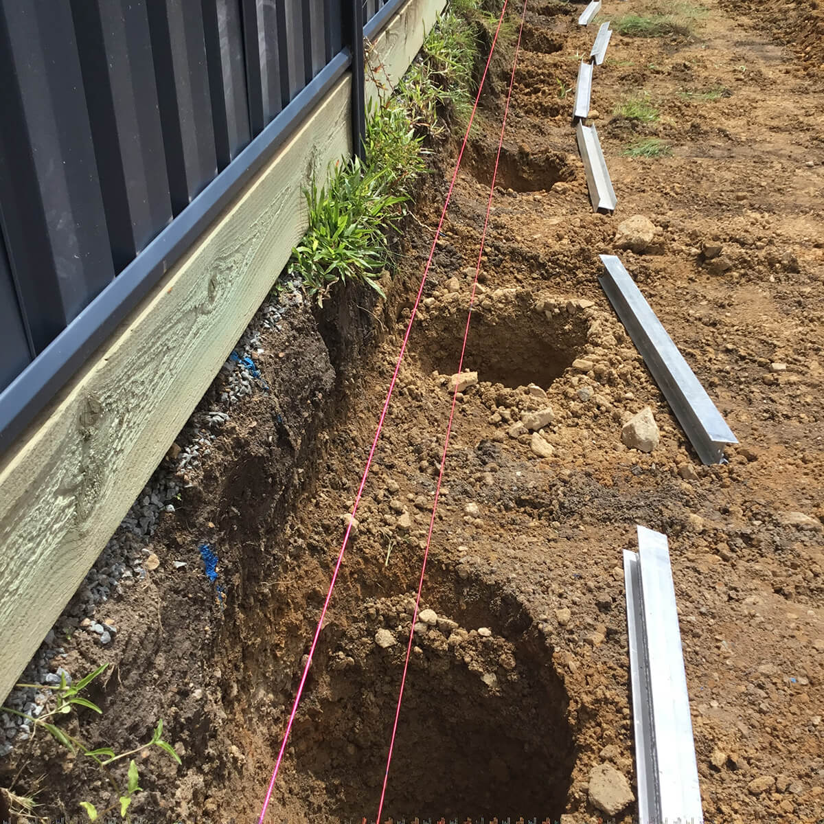 Real-Lite Concrete Sleepers - image Dig-2 on https://tradewarebuildingsupplies.com