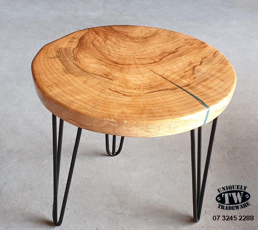 STYLISH CAMPHOR LAUREL ROUND TABLE coated with a gloss epoxy resin with a slight blue resin fill.