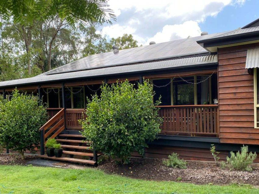 Western Red Cedar Weatherboard available from Tradeware Building Supplies quality timber suppliers in Brisbane